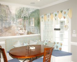 Castle Ridge- Kitchen Eating Area